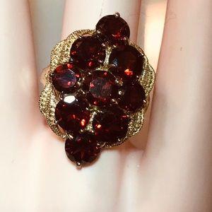 Beautiful Large Garnet Dinner Ring. Silver. 8.25